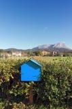 Деревянный почтовый ящик outdoors Стоковые Фото