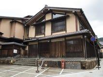 Деревянный традиционный дом в старом Gion Стоковая Фотография