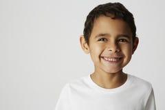Дерзкий мальчик, усмехаясь Стоковое Изображение RF