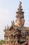 Детали святилища виска правды, Паттайя, Таиланда Стоковое фото RF