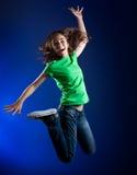 детеныши девушки скача Стоковое фото RF