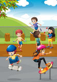 Дети и спортивная площадка Стоковое фото RF
