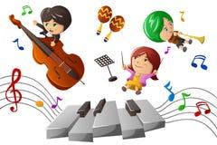 Дети наслаждаясь играющ музыку Стоковая Фотография RF