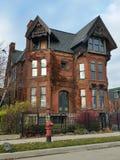 Детройт: Старый дом викторианец кирпича Стоковое Фото
