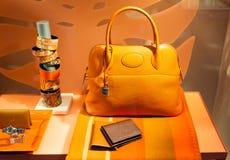 Дисплей окна магазина модной одежды Стоковая Фотография RF
