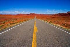 длинный путь прямо Стоковая Фотография