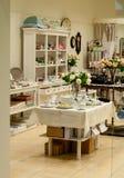 Домашний магазин декора и тарелок Стоковое Изображение RF