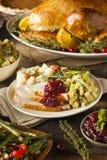 Домодельное благодарение Турция на плите Стоковое фото RF