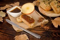 Домодельное масло яблока Стоковые Изображения RF