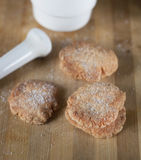 Домодельные печенья shortbread взбрызнутые с сахаром Стоковое Изображение