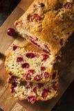 Домодельный праздничный хлеб клюквы Стоковая Фотография