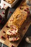 Домодельный праздничный хлеб клюквы Стоковые Фото