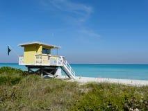 дом пляжа передняя Стоковые Изображения RF