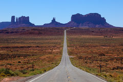 дорога памятника к долине США Юты Стоковое Изображение RF