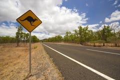 Дорожный знак кенгуруа Стоковое Изображение RF