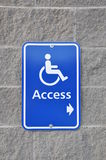 достигните знака disable Стоковые Фотографии RF