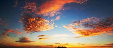 Драматическое небо Стоковая Фотография