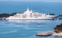 Дубай - яхта шейха Al Maktoum Стоковые Изображения