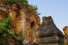 Дух попечителя на старом stupa Стоковое фото RF