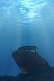 水下的小船 库存照片