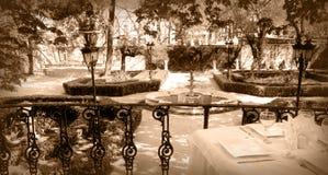 宴会桌大阳台 库存图片