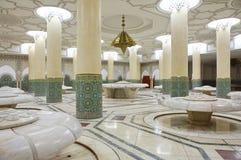 洗净液大厅哈桑内部清真寺 库存图片