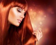 头发长的妇女 免版税库存照片