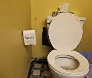更多没有纸张洗手间 免版税库存图片