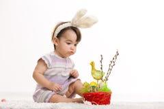 婴孩兔宝宝服装复活节 免版税库存图片