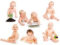 婴孩收集尿布 免版税库存图片