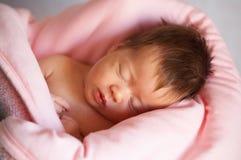 婴孩睡眠者 免版税库存图片