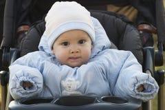 婴孩穿戴的冬天 免版税库存图片
