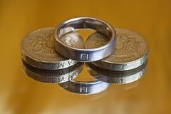 费用婚姻 免版税库存照片