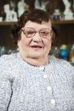 年长玻璃妇女 免版税图库摄影