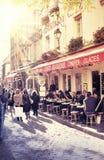 巴黎人街道场面 免版税库存图片