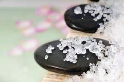 浴水晶盐 免版税库存照片