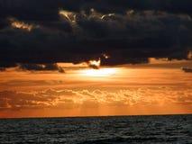0展望期海洋日出 免版税库存照片