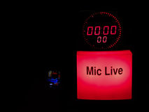 0 live mic Arkivfoto