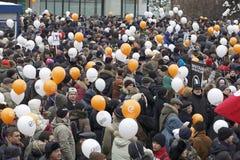 000 100 som avenyn sammanfogar den moscow protesten, samlar sakharov Fotografering för Bildbyråer
