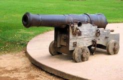 0032jn古色古香的大炮ot 库存照片