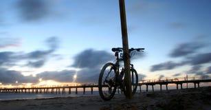 01个海滩自行车 免版税图库摄影