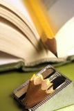 01本书铅笔 免版税库存图片