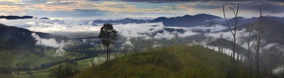 01 btop góry niecki wschód słońca Obraz Royalty Free