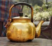 01 garnek stara herbata Obraz Royalty Free