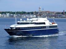 02条小船轮渡helsingborg乘客 库存图片