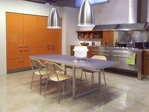 02现代结构的厨房 免版税库存图片