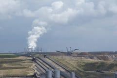 02褐色转换开放的煤矿开采 图库摄影
