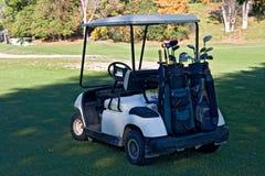 02辆汽车高尔夫球 免版税库存图片
