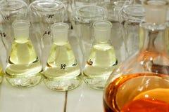 02 различных склянки Стоковые Изображения RF