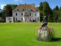 02 chateau de le loclemonts switzerland Royaltyfri Bild